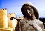 Imagen de Sta Teresa sobre las murallas de Ávila